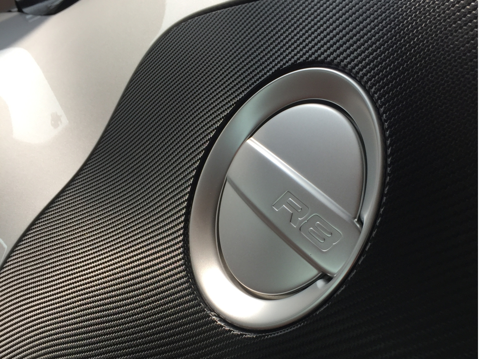 Audi R8 3M carbone - PubAdhésive